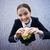 femme · d'affaires · manger · sandwich · vue · femme · d'affaires · extérieur - photo stock © pressmaster
