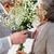 supérieurs · fleuriste · bouquet · fleurs · main - photo stock © pressmaster