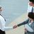 ビジネスの方々 ·  · 署名 · 契約 · 手 · 先頭 - ストックフォト © pressmaster