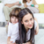 boldog · gyerekek · testvérek · néz · kamera · szülők - stock fotó © pressmaster