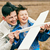 père · peu · fils · jouer · jouet · avion - photo stock © pressmaster