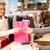 女性 · クレジットカード · 手 · 笑顔 - ストックフォト © pressmaster
