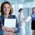 empleador · imagen · bastante · mujer · de · negocios · documento · mirando - foto stock © pressmaster
