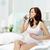 kobieta · w · ciąży · woda · pitna · ciąży · para · opieki · zdrowotnej · napojów - zdjęcia stock © pressmaster