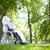 シニア · 患者 · かなり · 看護 · 徒歩 · フレーム - ストックフォト © pressmaster