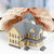 小 · 黄色 · 家 · 保護された · 手 · 建設 - ストックフォト © sqback