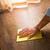 piso · de · madeira · masculino · mão · limpeza · madeira · quarto - foto stock © stokkete
