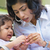 mère · réconfortant · bouleversé · indian · fille · famille - photo stock © szefei