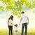 ebeveyn · el · ele · tutuşarak · kız · yürüyüş · birlikte - stok fotoğraf © szefei