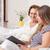 verzorger · tijd · lezing · boek · vrouw - stockfoto © tommyandone