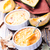 カボチャ · パイ · スライス · 全体 · 自家製 · ホイップクリーム - ストックフォト © tycoon