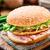 ハンバーガー · ジャガイモ · パンケーキ · ベーコン · 漬物 · サラダ - ストックフォト © vankad