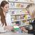 薬剤師 · 製品 · 優しい · 女性 · 健康 · ショップ - ストックフォト © vizualni