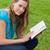 jeunes · fille · lecture · livre · séance - photo stock © wavebreak_media