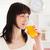 jól · kinéző · barna · hajú · pohár · narancslé · áll · konyha - stock fotó © wavebreak_media