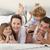 heureux · jeunes · famille · amusement · tv · détente - photo stock © wavebreak_media