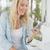 nő · küldés · szöveges · üzenet · mobiltelefon · közelkép · szöveges · üzenetek - stock fotó © wavebreak_media