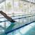 スイマー · ダイビング · プール · レジャー · センター · 側面図 - ストックフォト © wavebreak_media