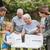 heureux · volontaire · famille · dons · fille - photo stock © wavebreak_media