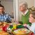 familia · rezando · comida · Navidad · cena · vacaciones - foto stock © wavebreak_media