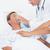 médico · máscara · de · oxigeno · hospital · mujer · hombre · médicos - foto stock © wavebreak_media