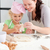 alegre · mãe · filha · bolinhos · forma - foto stock © wavebreak_media