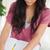 brunetka · student · za · pomocą · laptopa · praca · domowa · domu · laptop - zdjęcia stock © wavebreak_media
