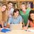 kolegium · studentów · za · pomocą · laptopa · biblioteki · grupy · komputera - zdjęcia stock © wavebreak_media
