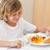 erkek · yeme · akşam · yemeği · salata · gülen · mutluluk - stok fotoğraf © wavebreak_media
