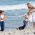 活発な · 家族 · 演奏 · 戦争 · ビーチ · 少女 - ストックフォト © wavebreak_media