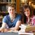 笑みを浮かべて · 学生 · 図書 · ライブラリ · 図書 · 作業 - ストックフォト © wavebreak_media