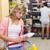 bastante · mulher · jovem · compras · diariamente · produtos · mercearia - foto stock © wavebreak_media