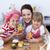 feliz · filha · mamãe · cozinha · jovem · família - foto stock © wavebreak_media