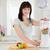 encantador · morena · mujer · mezclador · pie · cocina - foto stock © wavebreak_media