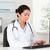 médicos · ayudante · teléfono · sesión · escritorio - foto stock © wavebreak_media