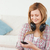 vrouwen · mp3-speler · glimlachend · technologie · stedelijke · hoofdtelefoon - stockfoto © wavebreak_media