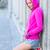 nő · visel · rózsaszín · kabát · napos · idő · város - stock fotó © wavebreak_media