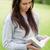 ernst · junge · Mädchen · Lesung · Buch · stehen · Landschaft - stock foto © wavebreak_media