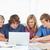 lächelnd · Gruppe · Studenten · Laptop · Pfund - stock foto © wavebreak_media