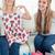 пару · девочек · новых · одежду · посмотреть · камеры - Сток-фото © wavebreak_media