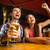 幸せ · 友達 · 飲料 · ビール · バー · パブ - ストックフォト © wavebreak_media