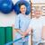 starszy · kobieta · terapeuta · patrząc · kamery · fitness - zdjęcia stock © wavebreak_media