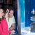 глядя · рыбы · цистерна · счастливая · семья · аквариум · девушки - Сток-фото © wavebreak_media