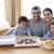 famiglia · mangiare · pizza · patatine · home · famiglia · felice - foto d'archivio © wavebreak_media