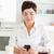 女性 · コーヒー · 見える · 画面 · 携帯電話 · 手 - ストックフォト © wavebreak_media