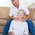 男 · 肩 · マッサージ · リビングルーム · ケア - ストックフォト © wavebreak_media