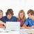 Gruppe · Laptop · weiblichen · Studenten · Punkte · Bildschirm - stock foto © wavebreak_media