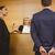 bíró · beszél · bűnöző · bilincs · bíróság · szoba - stock fotó © wavebreak_media