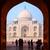 toeristen · mausoleum · Taj · Mahal · Indië · wereld · achtergrond - stockfoto © zastavkin