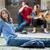 cool · jong · meisje · poseren · buiten · vergadering · stad - stockfoto © zurijeta